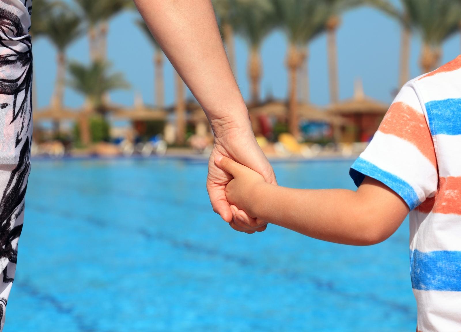 pool maintenance companies