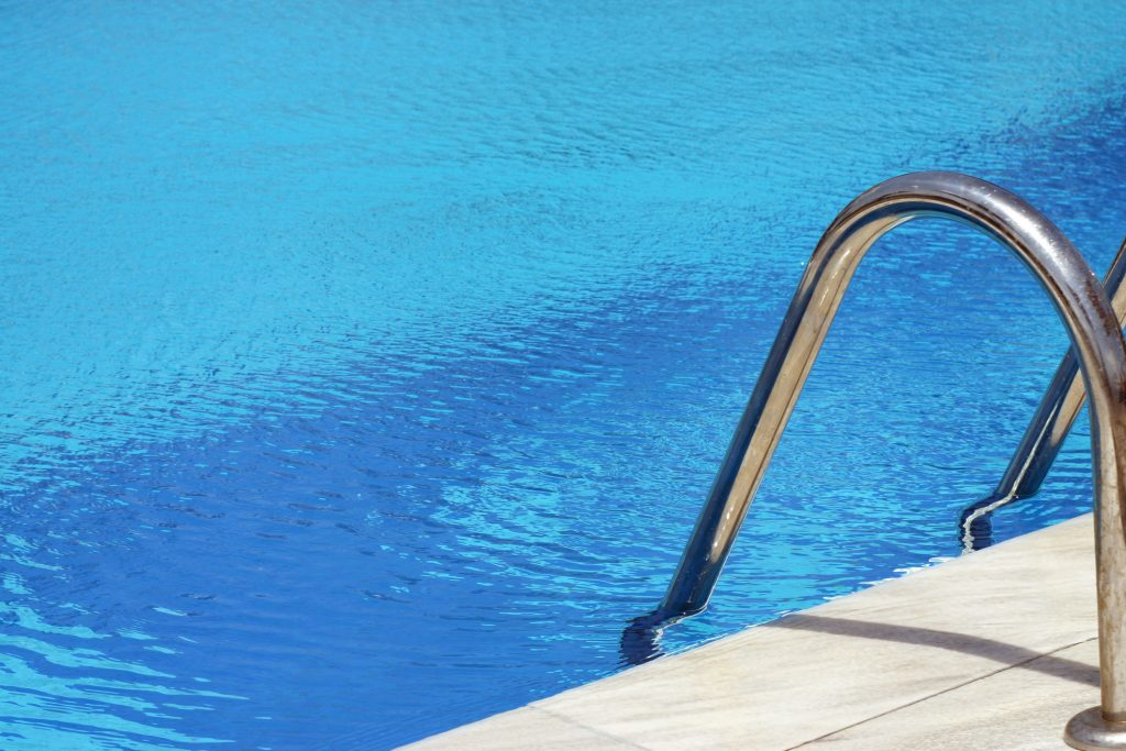 swimming-pool-13096091-1024x683
