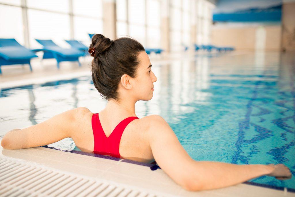 girl-in-swimming-pool-jep92vf-scaled-1024x683