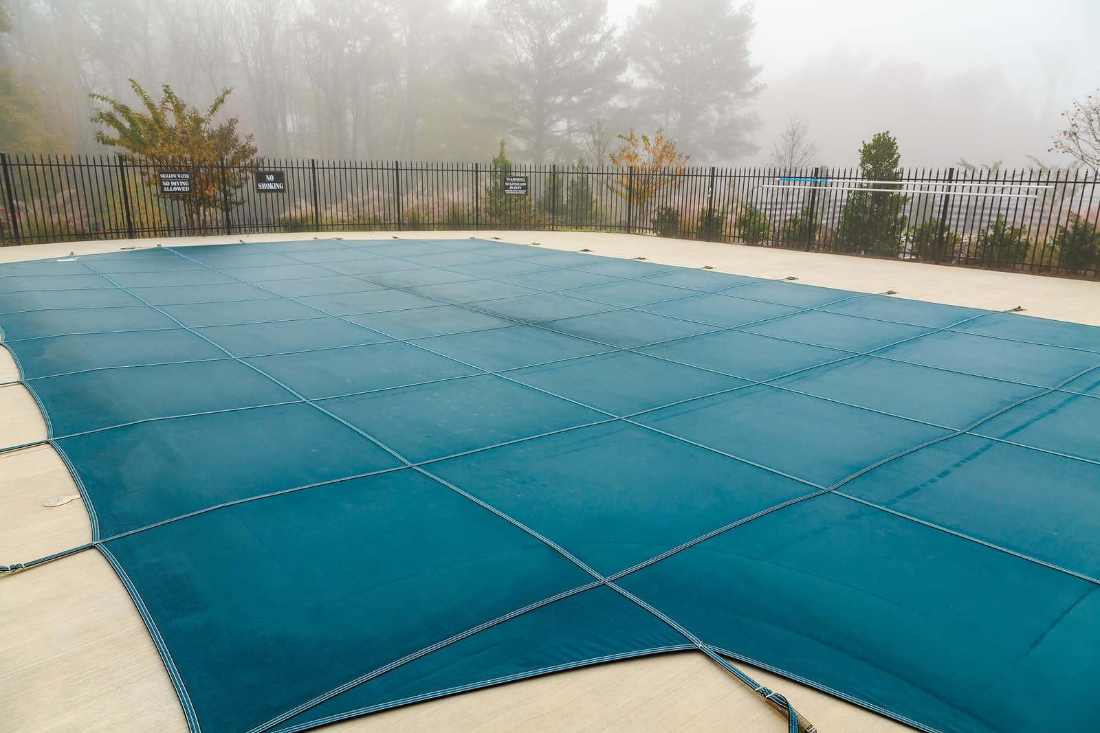 Seasonal Pool Maintenance Service : Winterizing a Swimming Pool