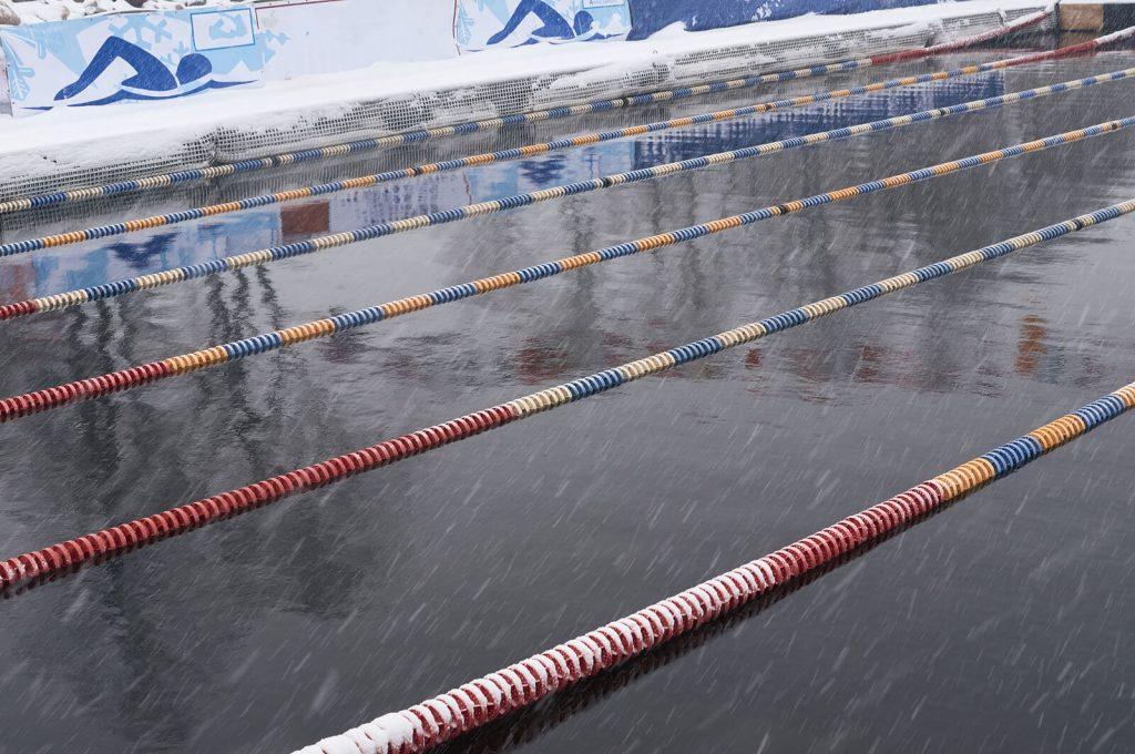 bigstock-winter-swimming-pool-snowfall-155204732-1-1024x680